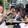 Nett zusammen sitzen, klönen, trinken & essen - alljährlich ein Dreiklang beim Küllenhahner Hoffest.