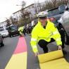 """Vor zwei Jahren warb die Polizei im Rahmen ihrer Initiative """"Siehst du mich?"""" unter anderem mit einem Bremsteppich in der Carl-Schurz-Straße um mehr Aufmerksamkeit gegenüber Kindern im Straßenverkehr."""