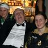 Beata Geismann (re.) und Lea Reinert vom RSC Cronenberg trafen auf dem Ball des Sports auch Rainer Calmund. Ob er sich auch auf Rollschuhen versuchte, darf bezweifelt werden...