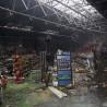 Bei dem Großbrand im Gewerbepark Unterkirchen wurde auch die Tierwelt Vollmer vollkommen zerstört - gerade erst vor einem Dreivierteljahr hatte sie hier eröffnet.