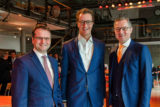 WSW-Chef Andreas Feicht (li.) und WSW-mobil-Geschäftsführer Ulrich Jaeger (re.) mit NRW-Verkehrsminister Hendrik Wüst. -Foto: privat
