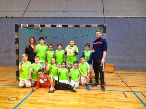 Die Sieger des Sanitop-Wingenroth-Cups 2018 von der Grundschule Küllenhahn. -Foto: privat