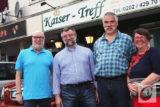 BHC-Chef Jochen Plate (2.v.l.) mit seinen Vorstandskollegen Ulla und Hans-Peter Abé sowie Gastreferent Bernd Zarges (2.v.r.) von den Wuppertaler Stadtwerken (WSW). -Foto: Meinhard Koke