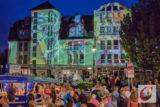 Die Licht-Installation von Gregor Eisenmann zur Jubiläums-Auflage der Cronenberger Werkzeugkiste machte es möglich: So hat man das Dörper Rathauscenter noch nie gesehen. | Foto: Marcus Müller