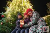 Glänzende Kinderaugen und viel Lichterglanz – all das bot die 15. Auflage des Küllenhahner Advents des Bürgervereins und der CW. | Foto: Meinhard Koke