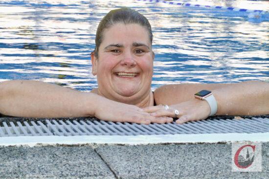 Wegen der Schwimm-Lockerung zu Freudentränchen gerührt: SVN-Frühschwimmerin Katja Passen.   Foto: Meinhard Koke